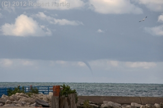 waterspout2_holland-mi