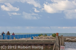 waterspout_holland-mi