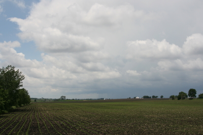 A mini-supercell approaches Atkinson, Illinois, just north of I-80.